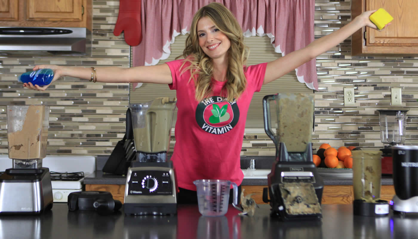 Clean Your Blender With A Press Of A Button