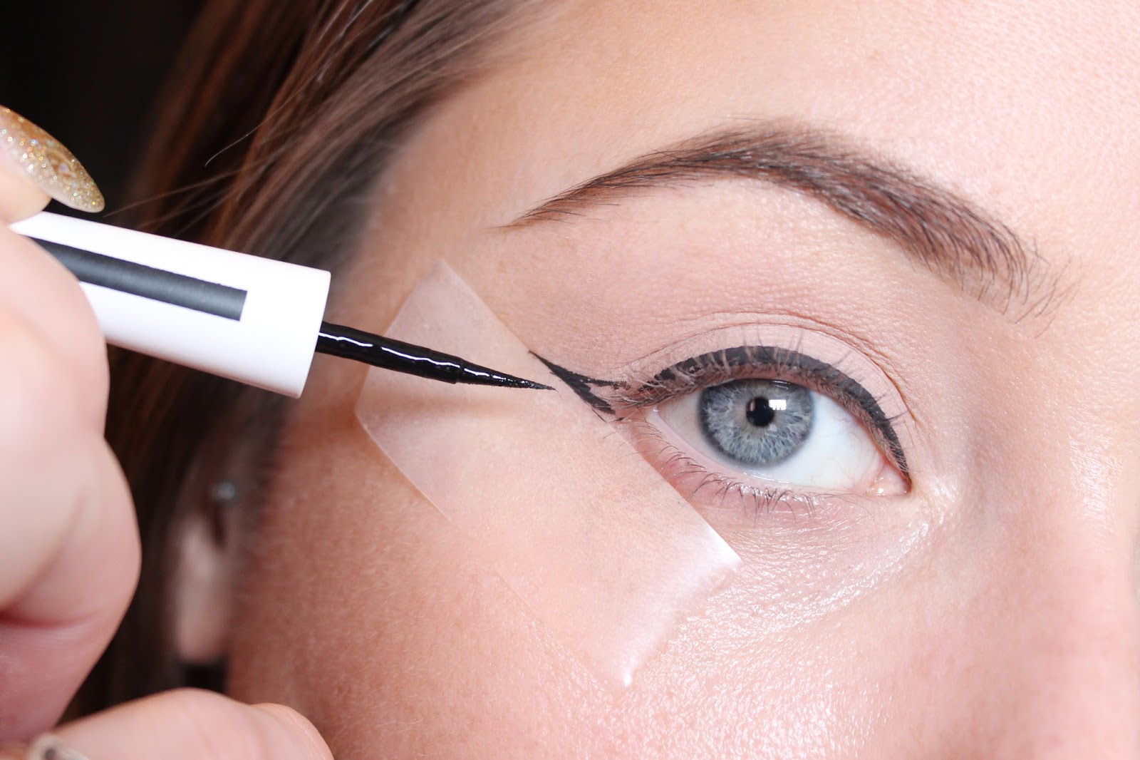 Card Winged Liner
