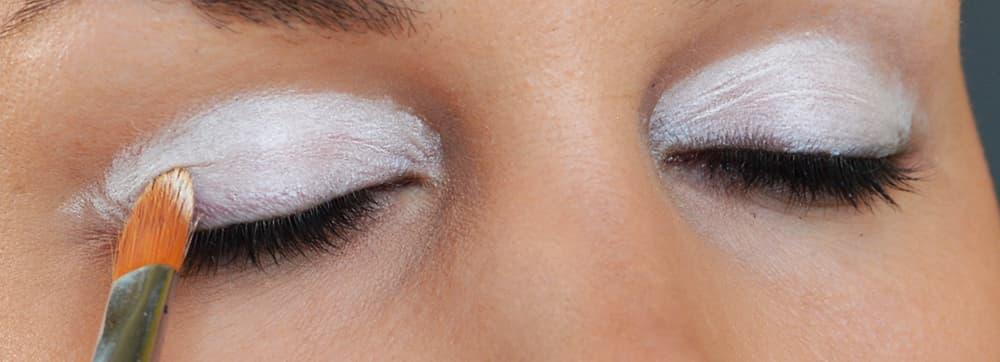 White Eyeshadow Base