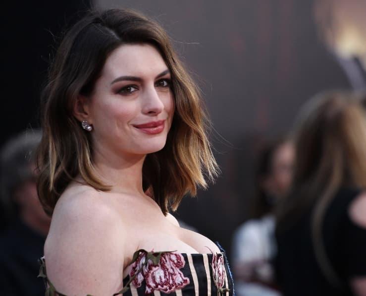 Anne Hathaway 35 Million