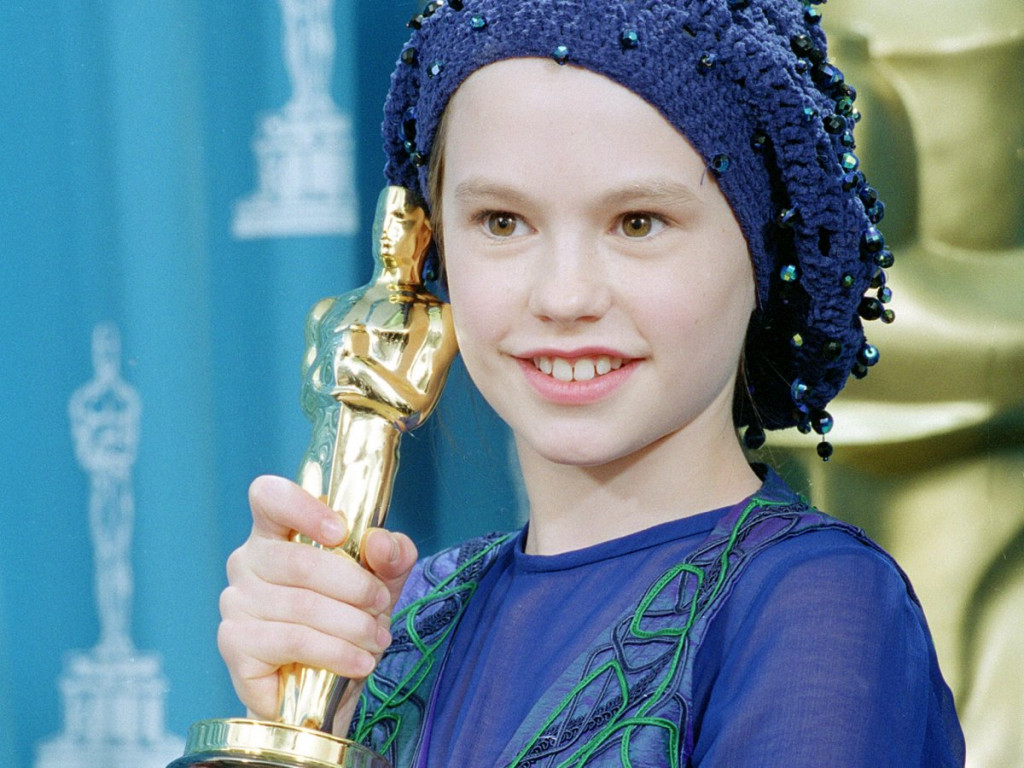 Anna Paquin Wins Best Supporting Actress For The Piano 1994