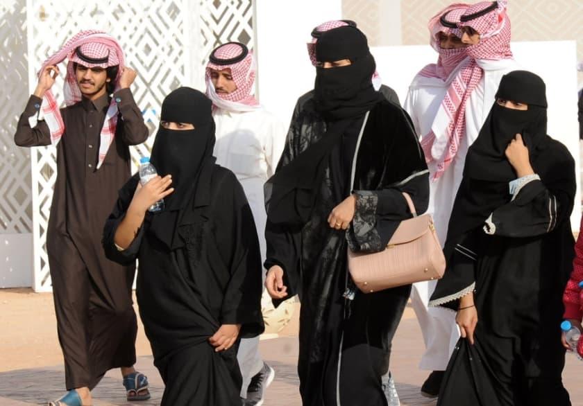 Women Travelers