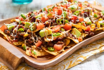 The Best Nachos To Make For A Superbowl Party